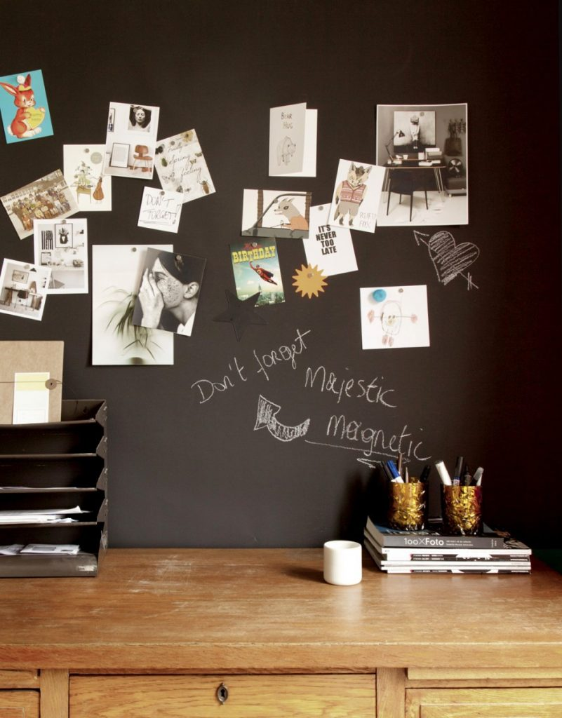 magnetic Chalkboard wallpaper.jpg2